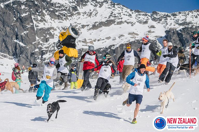 Queenstown-skiing-winter
