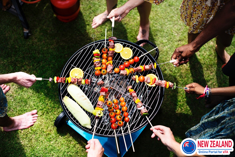 Barbecue-family-camping-NZ